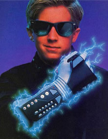 Full Sail University game design student Clifton Moog takes a look at NES fad controller the Power Glove and devises a way in which similar technology could be made useful in today's gaming world.