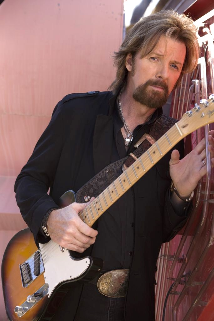 Ronnie Dunn photo,Ronnie Dunn performance